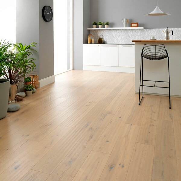 Wembury 8 x 51 x 0.56mm Oak Laminate Flooring in Beige by Woodpecker