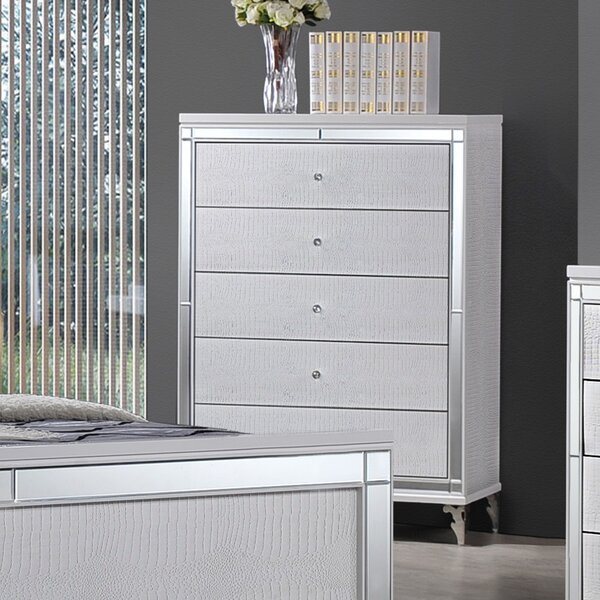 Garren 5 Drawer Chest by Mercer41