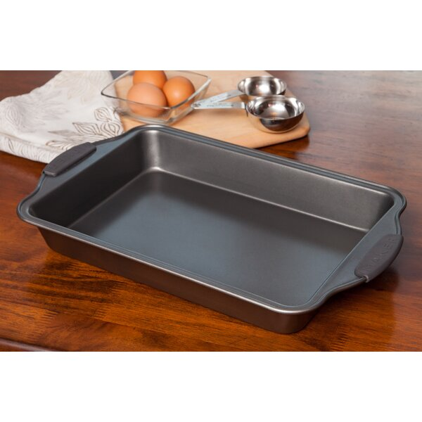 Non-Stick Cake Pan by MAKER Homeware™