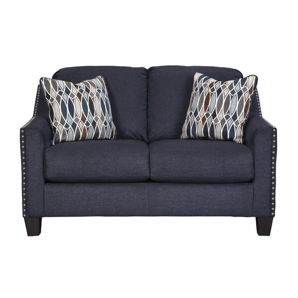 Home Décor Canchola Loveseat