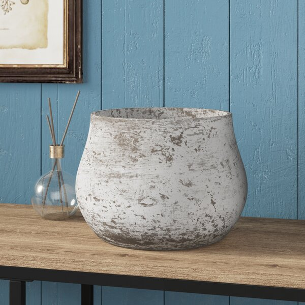 Cottleville Cement Decorative Pot by Lark Manor