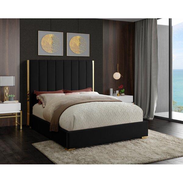 Aeliana Velvet Upholstered Platform Bed By Mercer41 by Mercer41 Great price