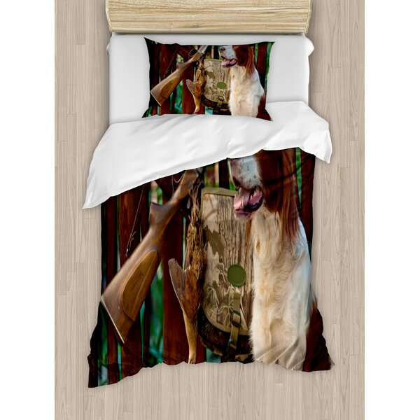 Hunting Gun Dog Near to Rifle and Trophies Pedigreed Hunted Duck Rustic Home Duvet Set by Ambesonne