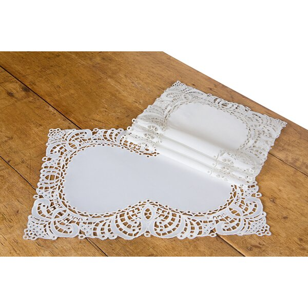 Dainty Lace Placemat (Set of 4) by Xia Home Fashions