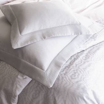 Eastern Accents Mistletoe Off White Comforter Perigold