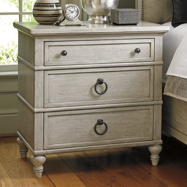 Oyster Bay 3 Drawer Bachelors Chest by Lexington