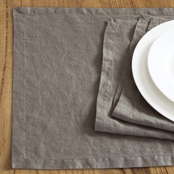 Catuzzi Washed Belgian Linen 19 Placemat (Set of 4) by Mint Pantry