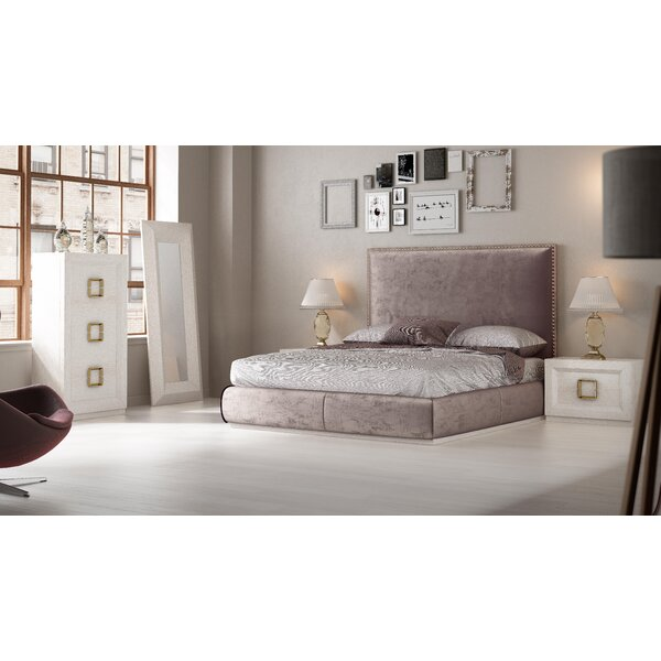 Knorr Standard Solid Wood 4 Piece Bedroom Set by Everly Quinn