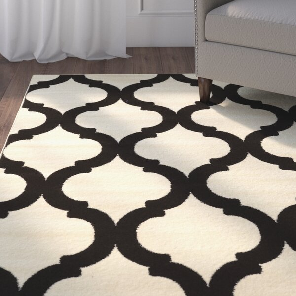 Divernon Ivory Area Rug by Charlton Home