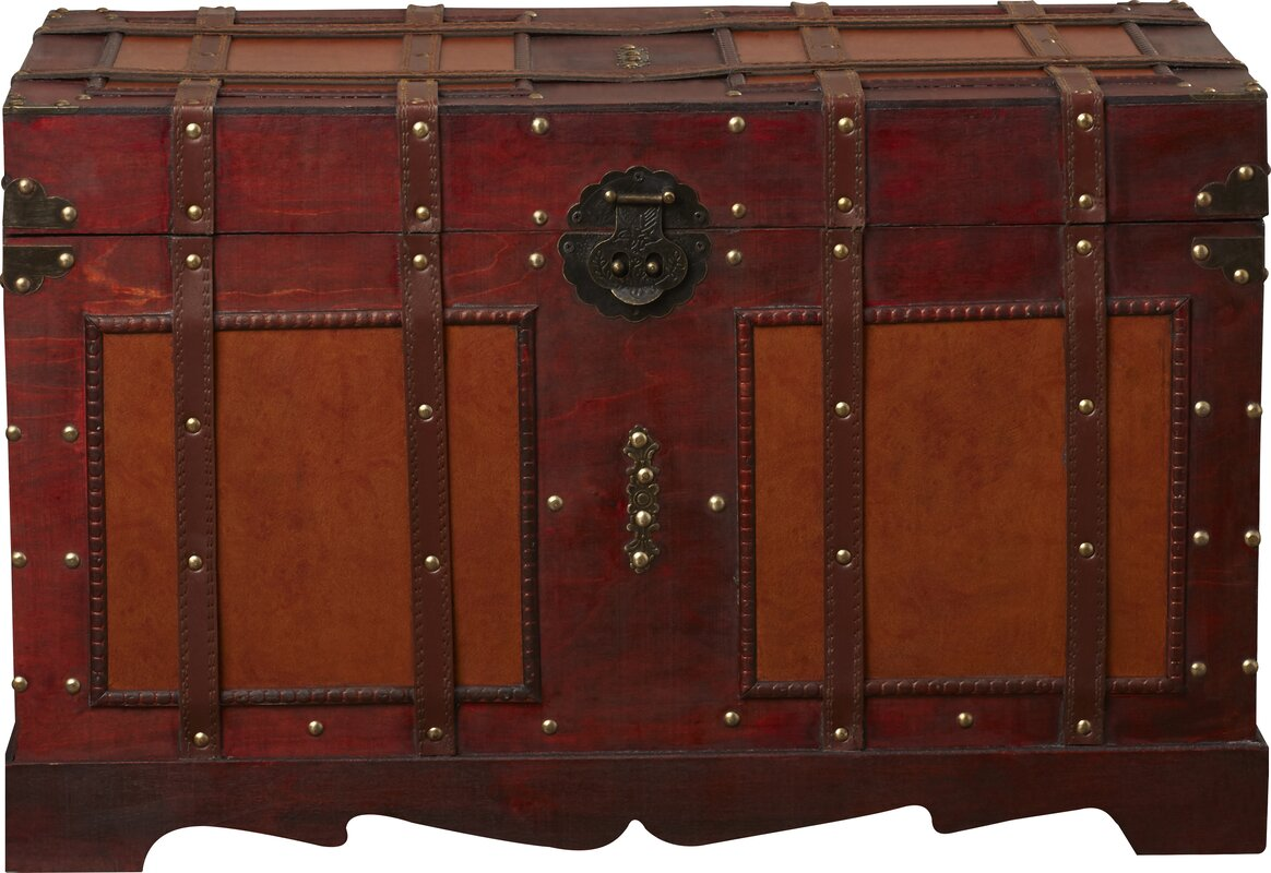 World menagerie zemrane antique style steamer trunk for Antique furniture styles explained