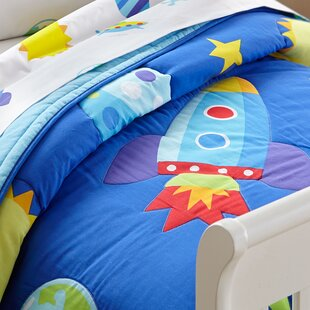 World map quilt set wayfair olive kids out of this world toddler comforter gumiabroncs Images