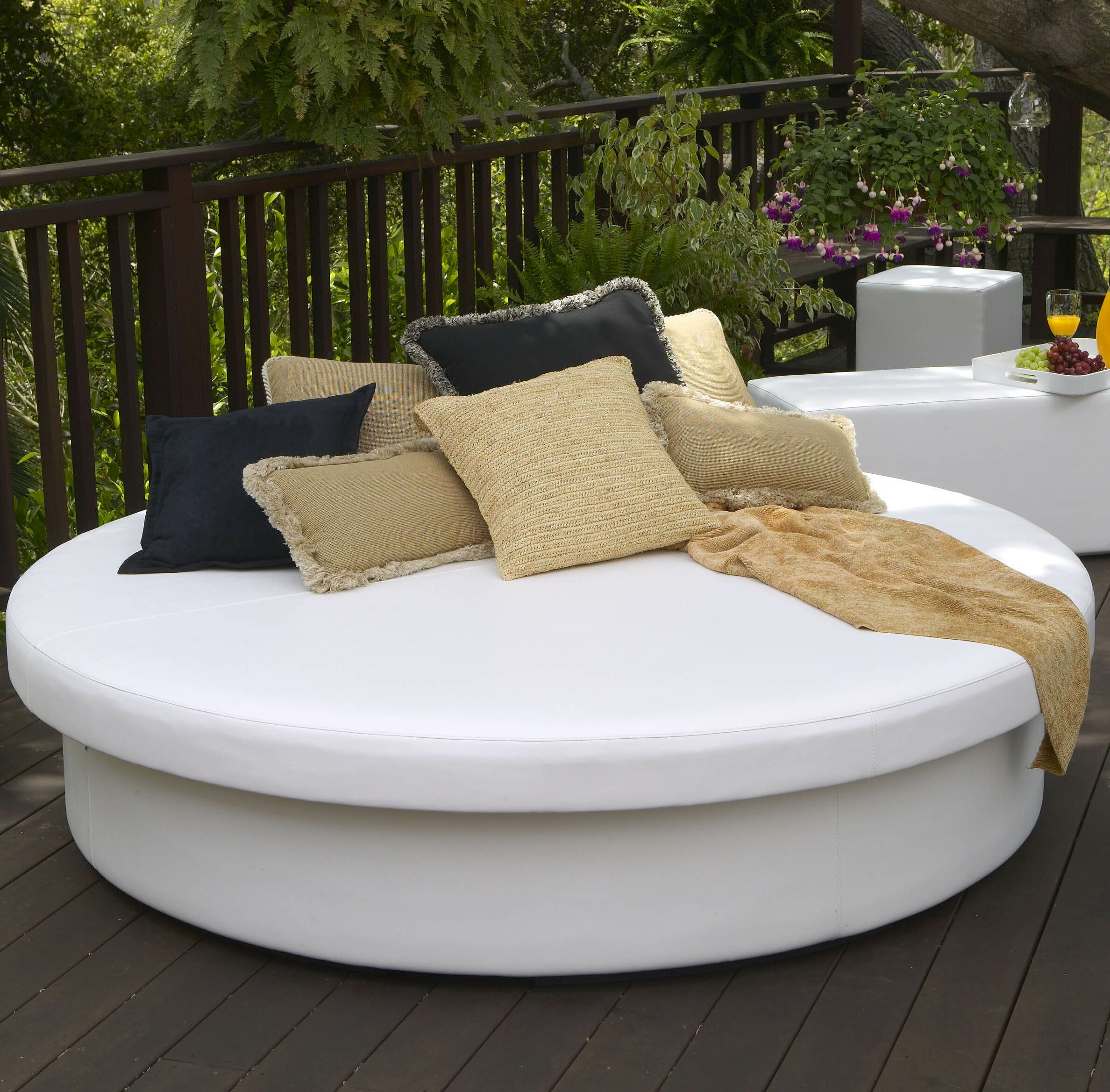 dogs bed beyond outdoor with and canopy sale diy bath energiansaasto info for mattress