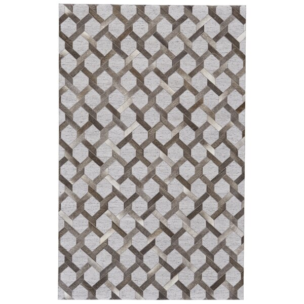 Grossi Hand-Woven Steel/Storm Area Rug by Wrought Studio