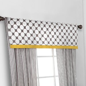Bair Dots/Pin Window Curtain Valance