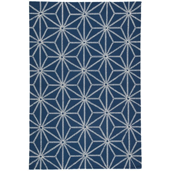 Saison Hand Hooked Navy Indoor/ Indoor/Outdoor Area Rug by Wrought Studio