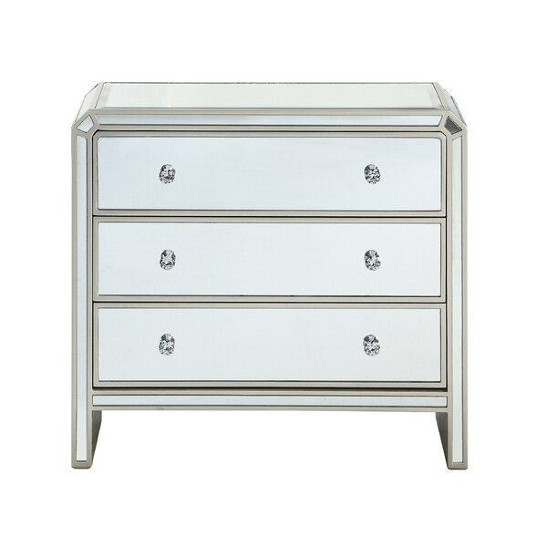 Cedarburg 3 Drawer Accent Chest by House of Hampton House of Hampton