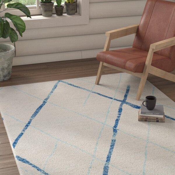 Kreutzer Distressed Navy/Light Blue Area Rug by Union Rustic
