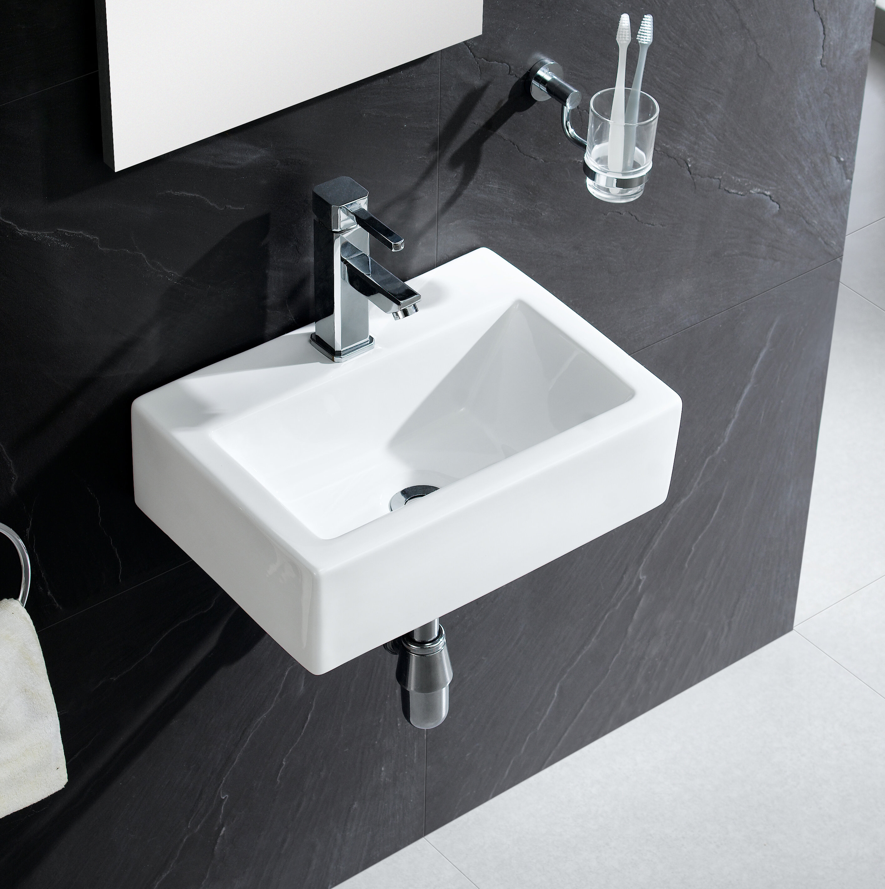 Fine Fixtures Modern Ceramic 17\