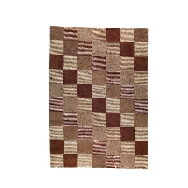 Isabeau Check Hand-Knotted Brown/Beige Area Rug by Latitude Run