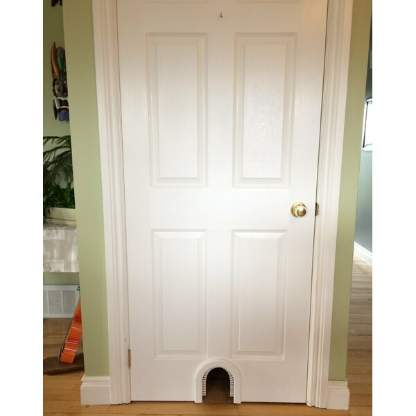 Innman Cat Door with a Brush by Tucker Murphy Pet