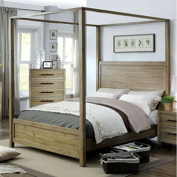Glynda Canopy Bedroom Set by Three Posts