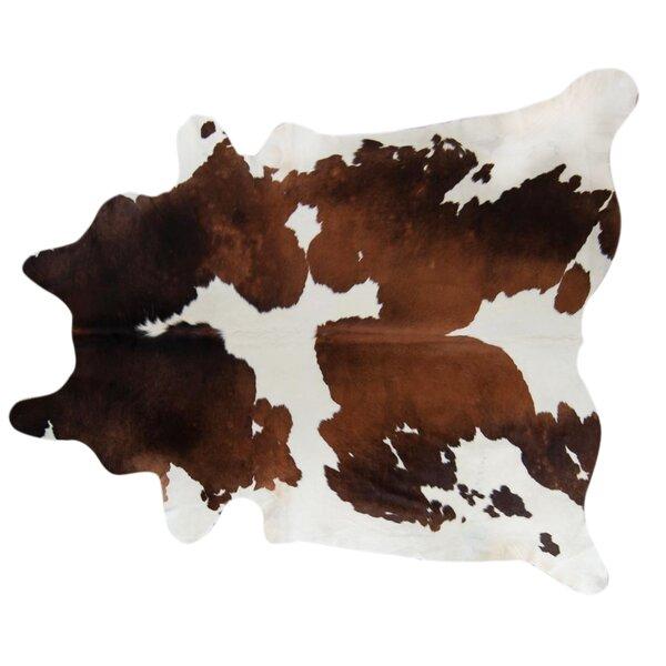 Handmade chocolate/White Area Rug by Pergamino