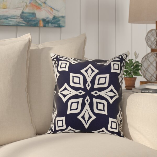 Cedarville Star Geometric Print Outdoor Throw Pillow by Highland Dunes