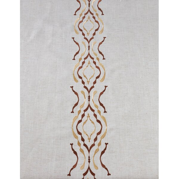 Pepperell Crochet Trimmed Table Runner by Bungalow Rose