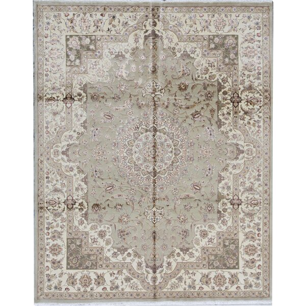 Oriental Hand-Knotted 7.9' x 9.9' Light Green/Gold Area Rug