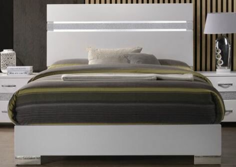 Hulbert Standard Bed by Orren Ellis