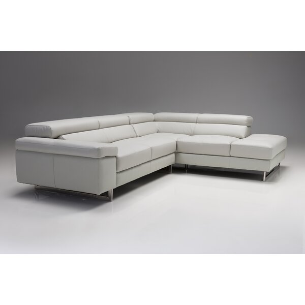 Leelou Right Hand Facing Sectional With Ottoman By