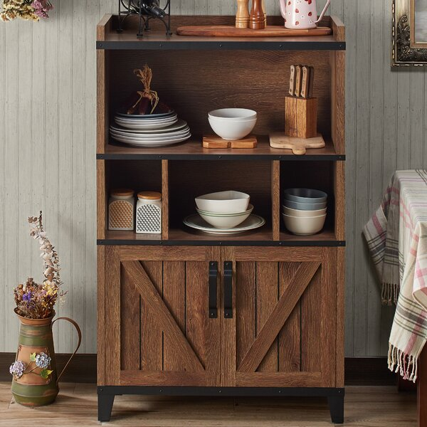 Peterkin Farmhouse Server by Union Rustic