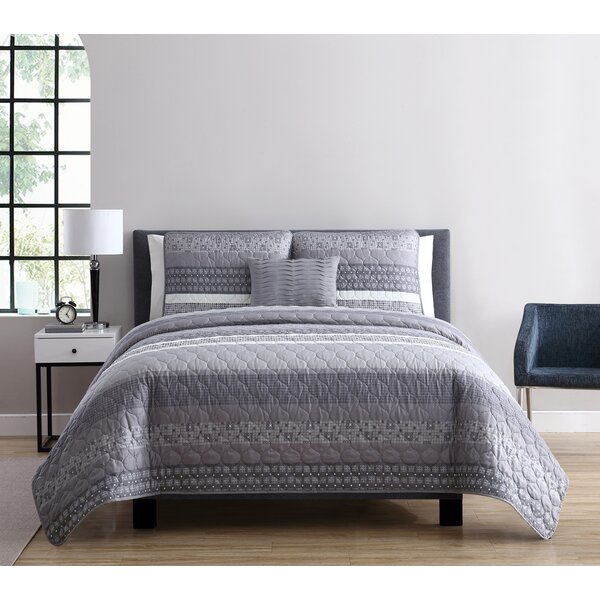 Casper Quilt Set by VCNY