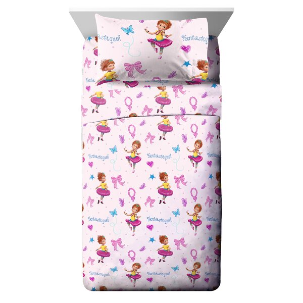 Disney Fancy Nancy Fantastique Reversible Comforter Set (Set of 4) by Fingerlings