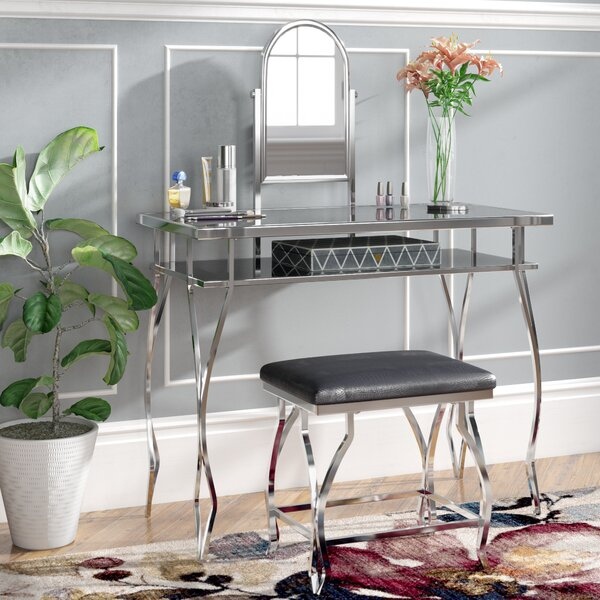 Hinckley Vanity Set with Mirror by Rosdorf Park Rosdorf Park