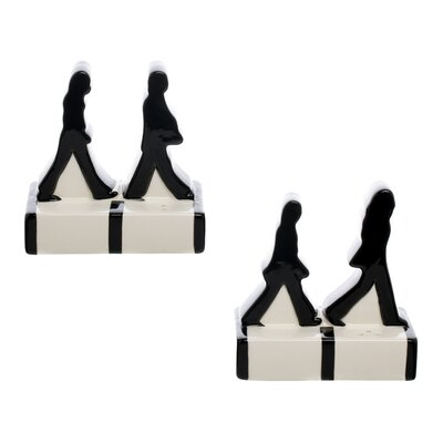 Vandor Llcvandor Llc The Beatles Abbey Road Salt And Pepper Shaker Set Vandor Llc Dailymail
