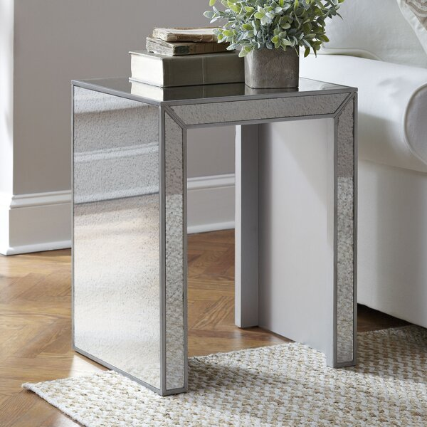 Dicha Mirrored Side Table by Rosdorf Park