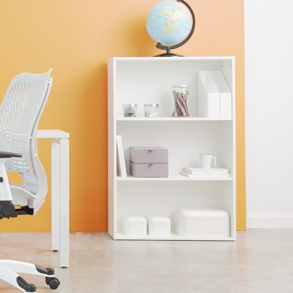 Sharniece Standard Bookcase by Latitude Run