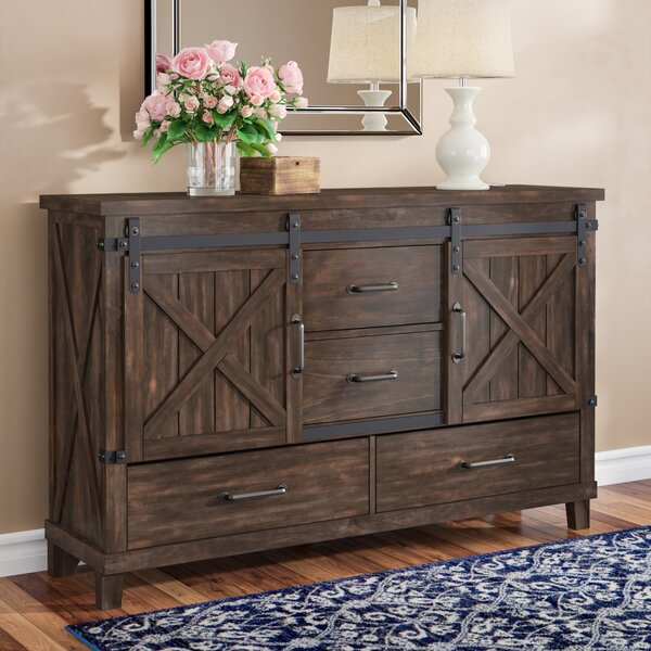 Daramanivong 4 Drawer Combo Dresser by Loon Peak