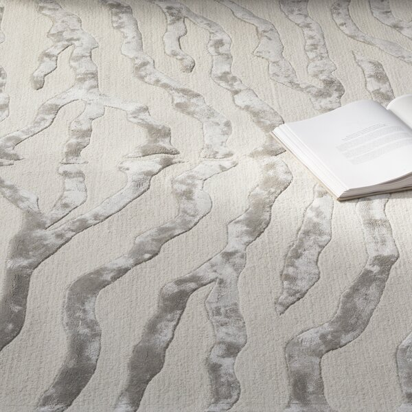 Dodgson Hand-Tufted Gray/Ivory Area Rug by Mercer41