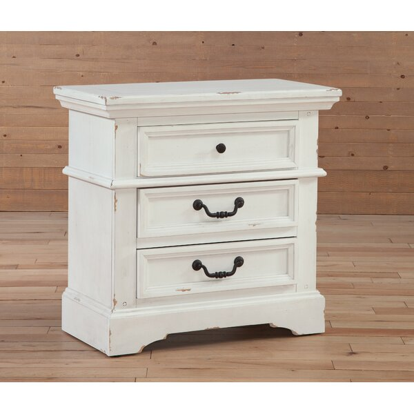 Kennison 3 Drawer Bachelors Chest by One Allium Way