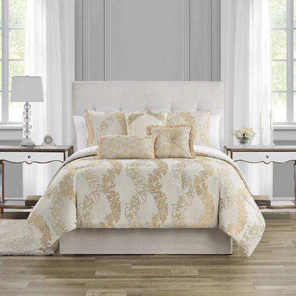 Oban Comforter Set