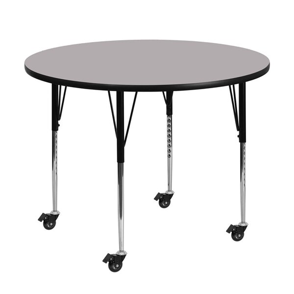 Circular Activity Table by Offex