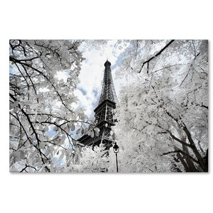 Another Look at Paris V Photographic Print on Wrapped Canvas by Latitude Run