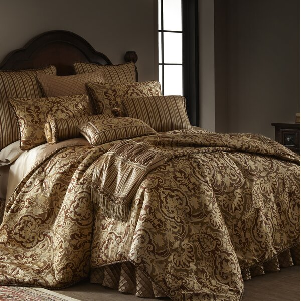 Cheryle Luxury Comforter Set