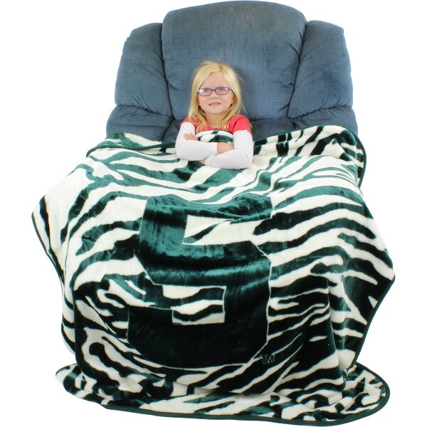 Michigan State Spartans Throw Blanket by College Covers