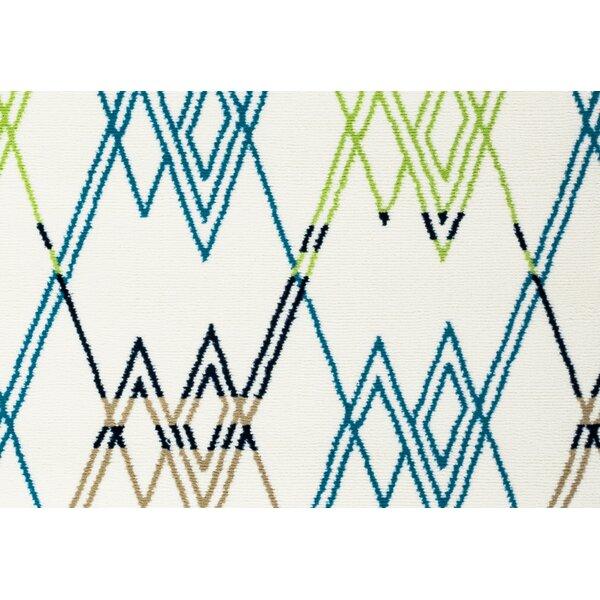 Melva Geometric Indoor/Outdoor Area Rug by Ebern Designs