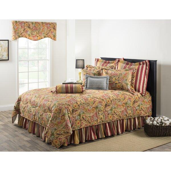 Breeze Comforter Set