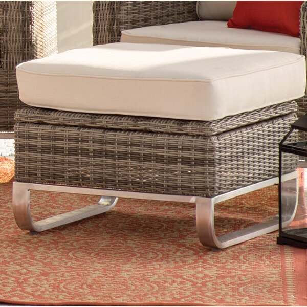 Hollaway Ottoman with Cushion by Highland Dunes