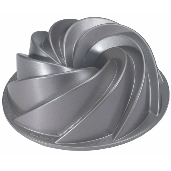 Non-Stick Bundt Heritage Pan by Nordic Ware